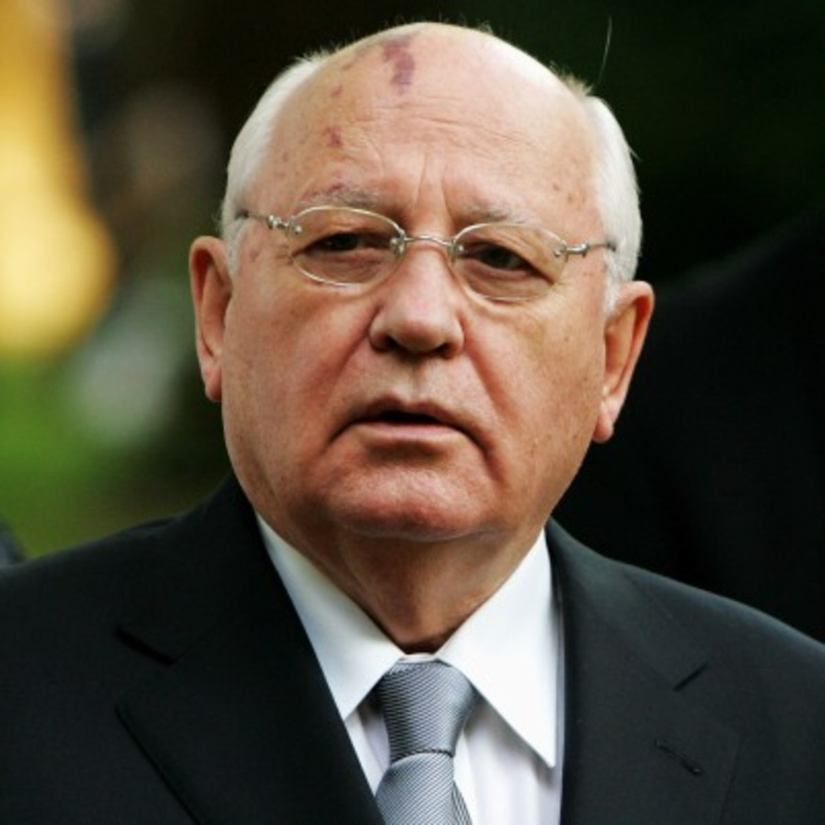 Courtroom Mail History- Today in 1992 Gorbachev reviews the Cold War