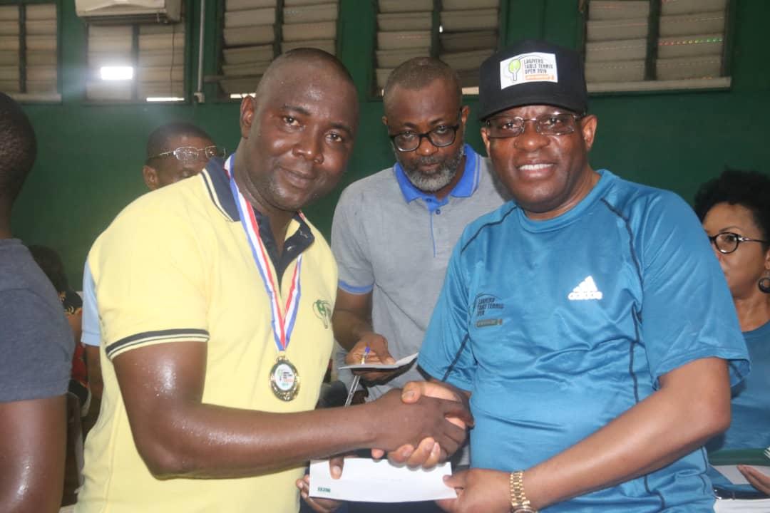 Yahaya Olarewaju wins the 2019 Male Lawyers Table Tennis Open(Mfon Usoro cup)