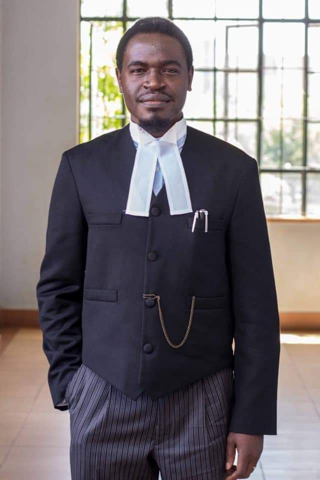 Anthony Atata congratulates Havi Nelson on his election as the President of the Law Society of Kenya